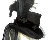 Gothic Victorian corset riding top hat