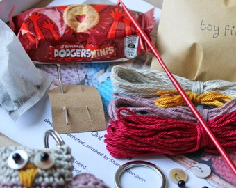 Crochet Kit to make your very own Ollie Owl Key Ring
