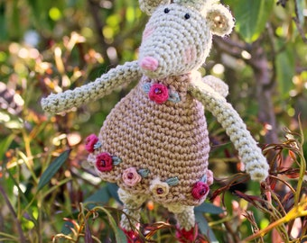 Crochet Pattern for Twinkle Toes - a Fairy Mouse Christmas Tree Topper