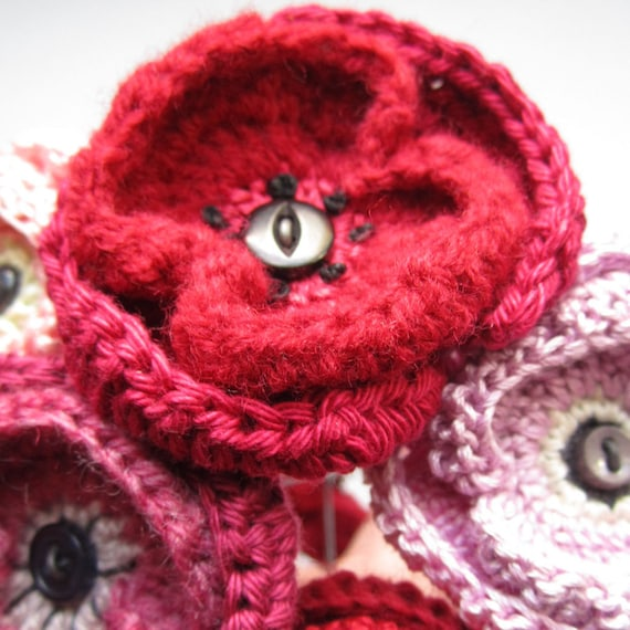 Crochet Pattern For A Poppy Brooch Or Flower Etsy