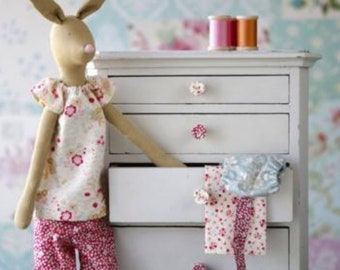 Kit Tilda Rabbit with Clothes Limited Edition DIY