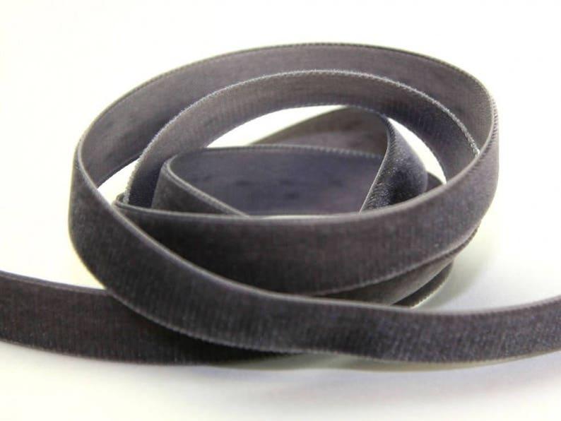 Velvet Ribbon Grey 5 Yards 58width