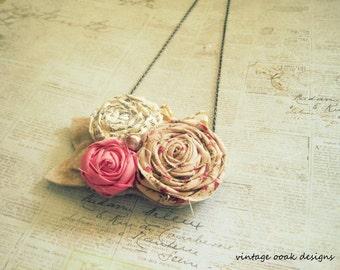Vintage Paper & Fabric Mini Statement Necklace, Rosette Statement Necklace, Upcycle Necklace Necklace, Rosette Bib Necklace, Summer Fashion