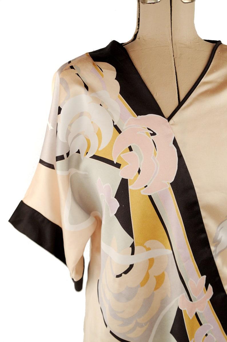 d579416e4ff716 Vintage 70s 80s Satin Kimono Blouse Cream and Black Abstract   Etsy