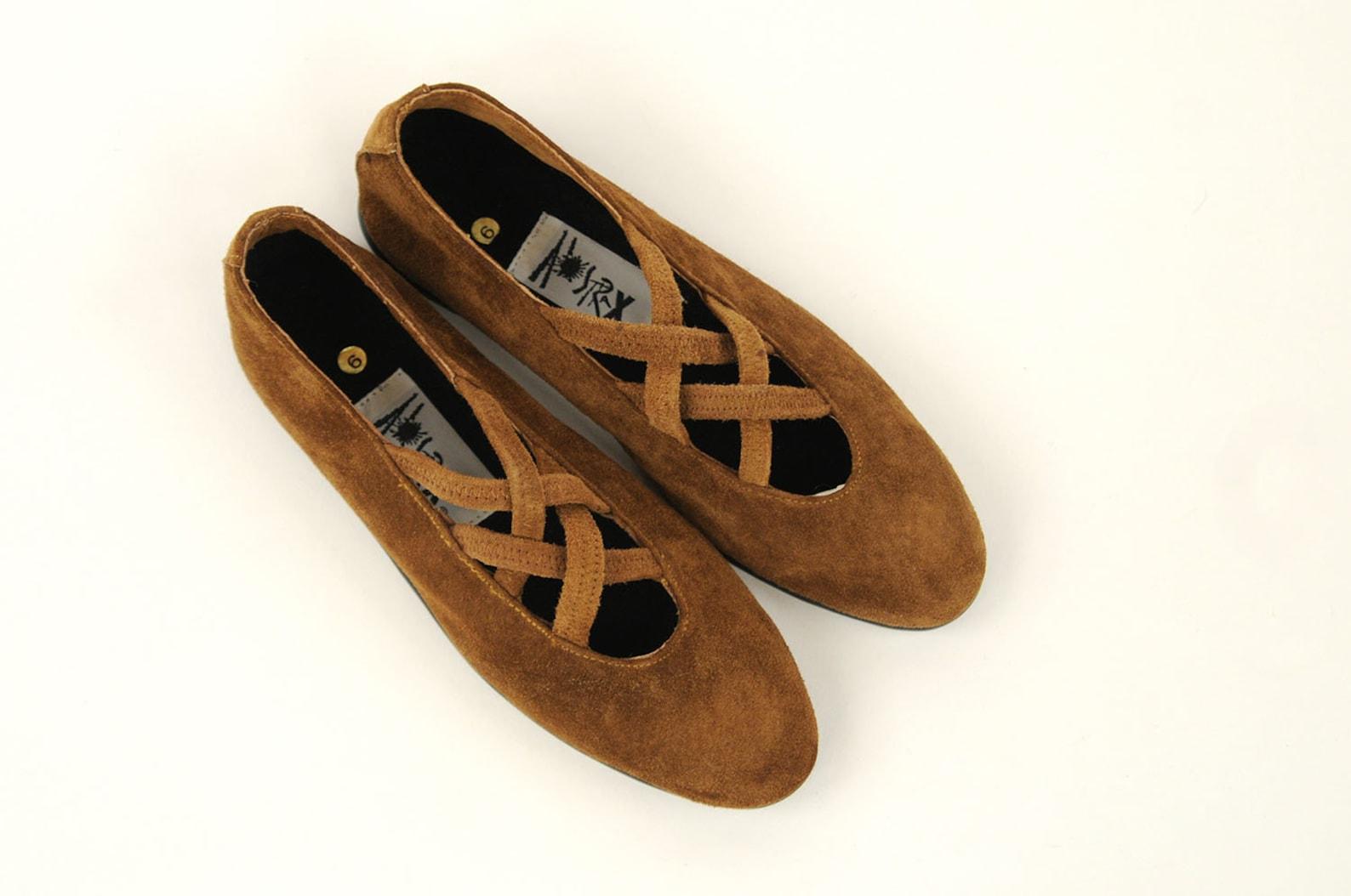 vintage 80s brown leather suede ballet shoes criss cross slip on flats preppy nos 6