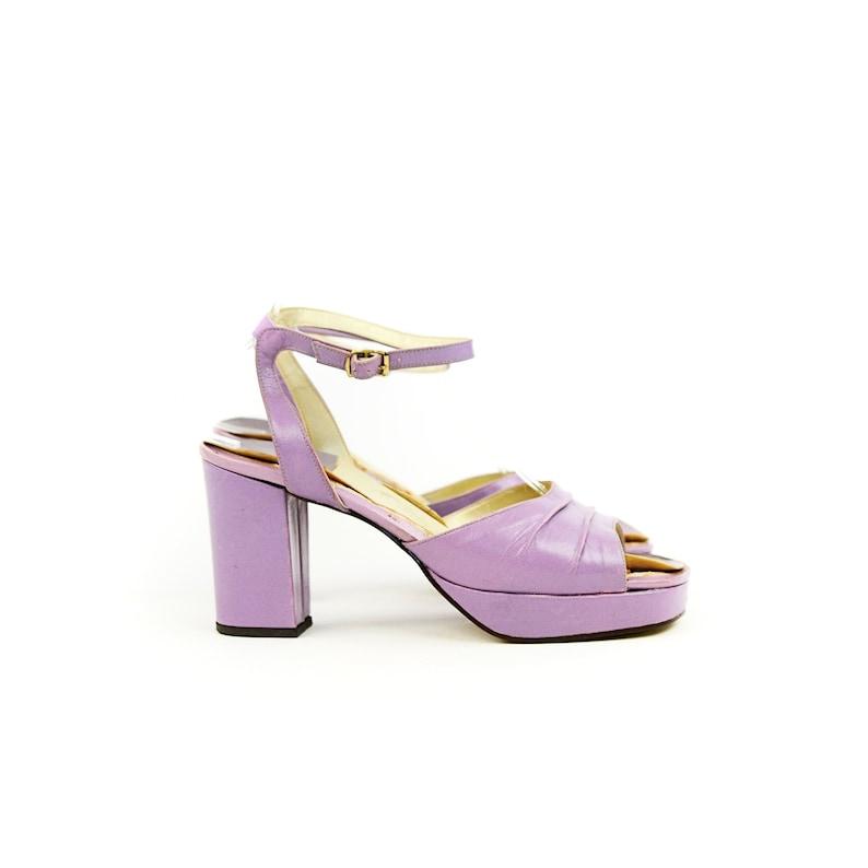 Vintage 70s Pastel Purple Lavender Faux Leather Ankle Strap Peep Toe Platform Shoes 9
