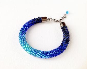 Bead rope bracelet, peacock bracelet, blue rope bracelet, blue minimalist bracelet, navy blue bracelet, ombre bracelet, bead crochet rope
