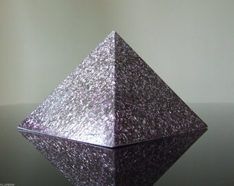 Orgone 7th Crown Chakra Meditation Pyramid Amber Rose Quartz Beryl Emerald