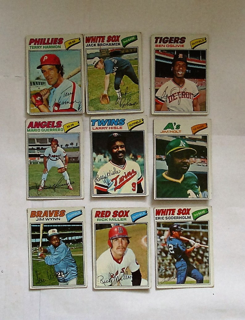 These 18 PLEASE see description Topps brand 1977 Cards MAJOR League Baseball cards poor cond