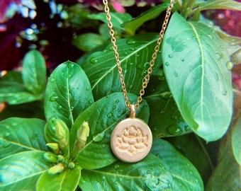 Signature Lotus golden necklace