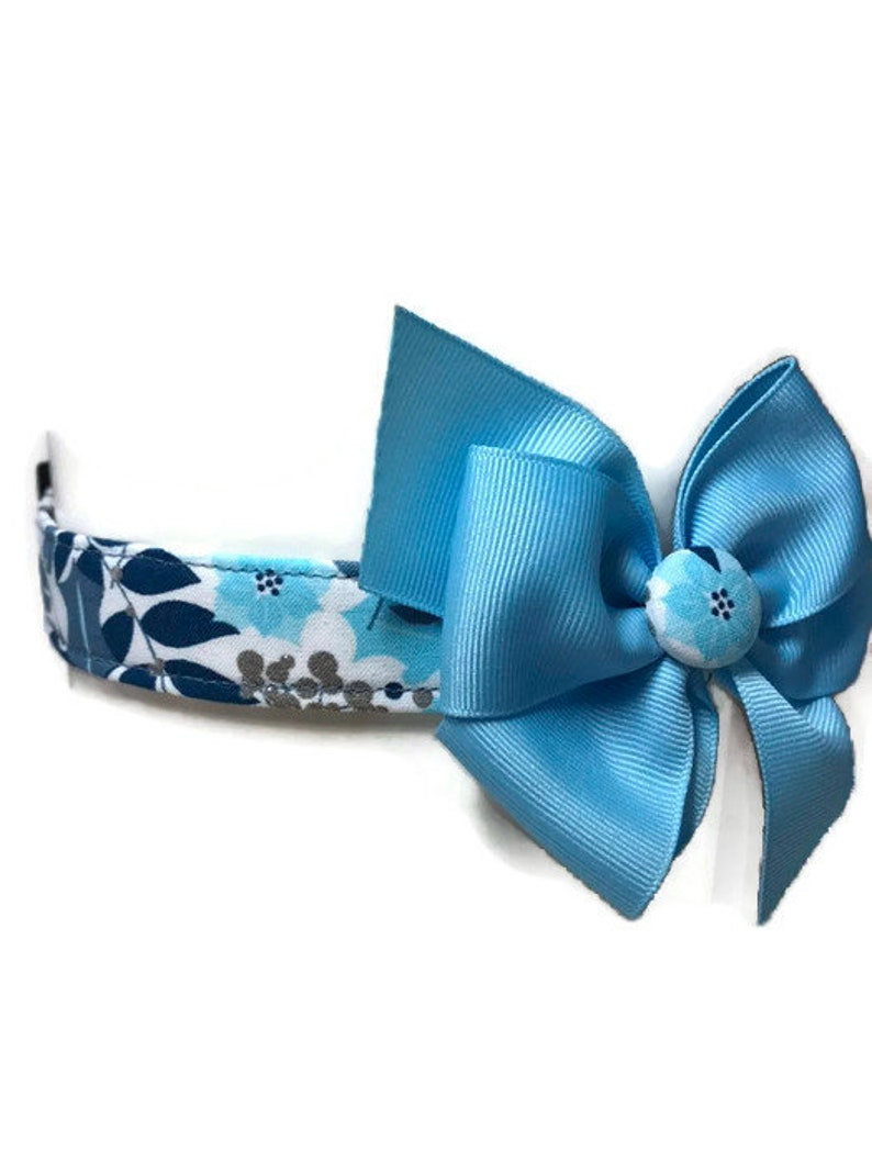 Winter Dog Collar Blue Dog Collar size Large Girl Dog image 0
