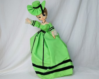 Vintage Big Eye Doll Blonde Bright Green Hat & Dress Stand Korea Bradley *eb