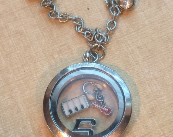 Floating Charm Lockets, Floating Locket Charms, Floating Locket, Floating Charms, Floating Lockets, Music Charms