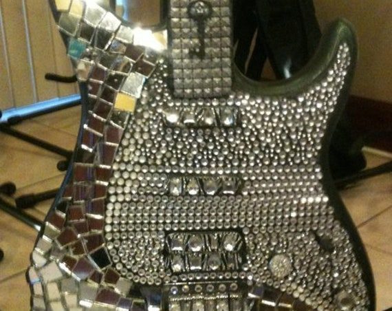 Home & Living, Home Decor, Wall Decor, Musical Instrument, Guitar, Art Guitar, Home Decor, Mosaic Guitar, Swarovski Crystal Guitar