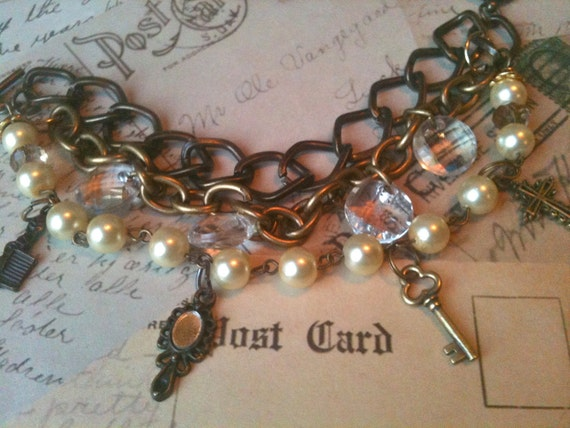 Jewelry, Bracelet for Women, Charm Bracelet, Pearl Bracelet, Vintage Bracelet,, Victoria Renai