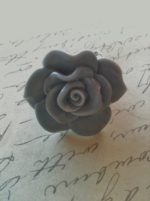 Gray Rose Ring, Cabochon Ring, Filigree Ring, Adjustable Ring, Rings For Women, Steampunk Ring, Romantic Rings, Gifts Under 25