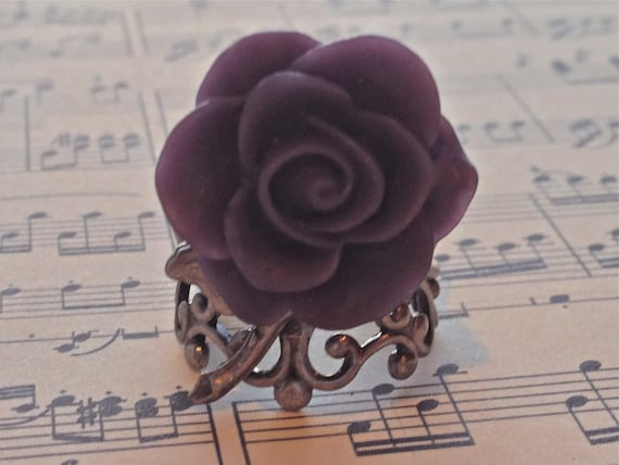 Adjustable Flower Ring for Women, Steampunk Ring, Victorian Ring, Romantic Ring, Purple Rose Ring, Cabochon Ring