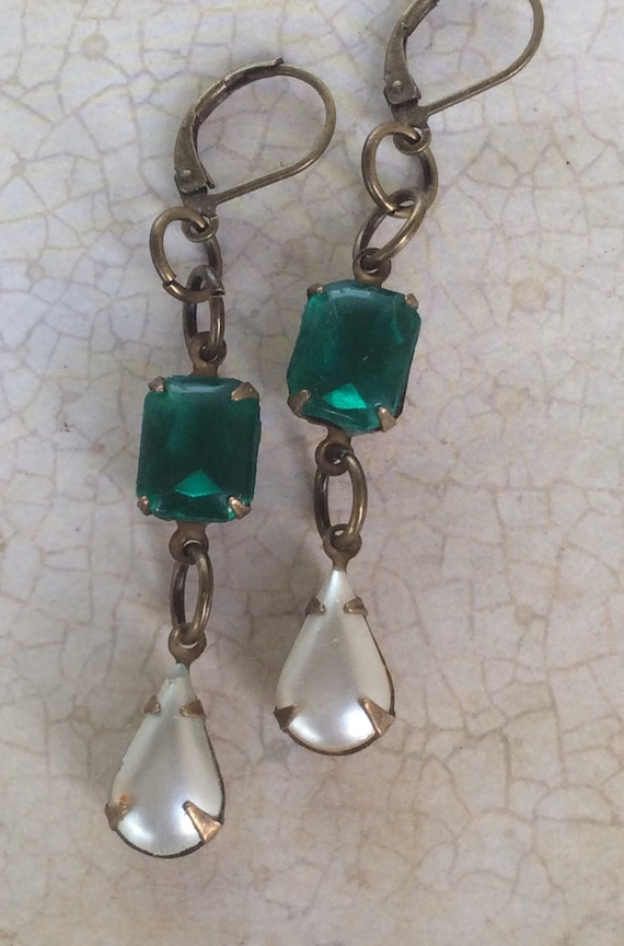Vintage Earrings for Women, Dangle and Drop, Art Deco Earrings, Crystal Earrings, Green and White Earrings, Vintage Jewelry, Vintage Earring