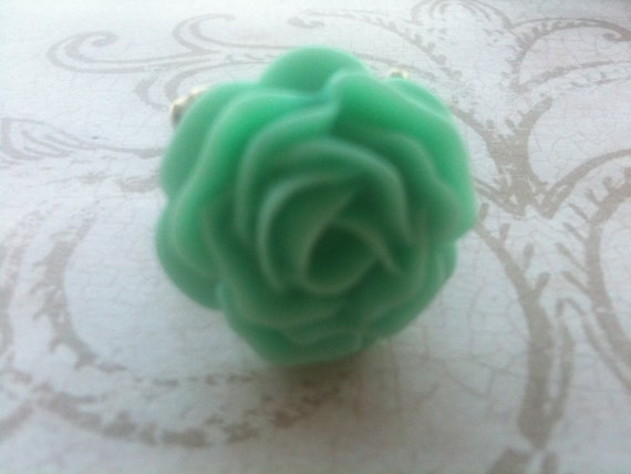 Rose Ring, Adjustable Rose, Mint Green Rose Ring, Vintage Style Ring