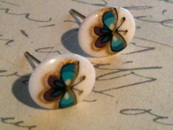 Jewelry Earrings Stud or Post Eartings Childrens Handpainted Authentic Vintage Butterfly Cabochon Girls Womens