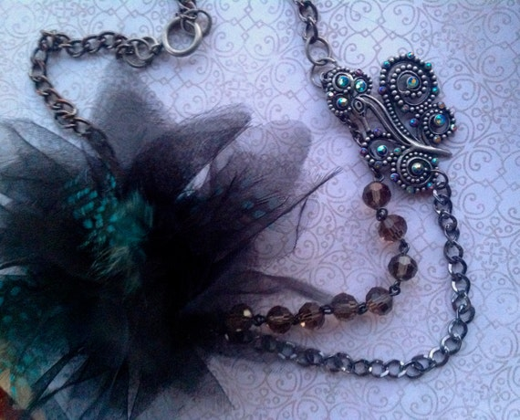 Jewelry, Necklace, Feather and Flower Necklace, Peacock Necklace, Necklace for Women, Faberic Flower Necklace