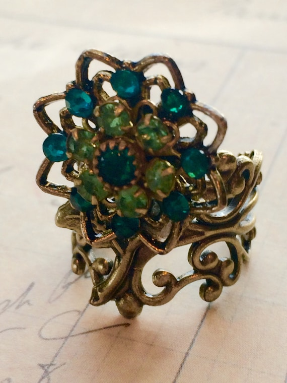 Jewelry, Rings, Statement Rings, Flower Ring, Swarovski Ring, Crystal Ring, Vintage Rings, Adjustable Rings, Rings For Women, Green Crystal