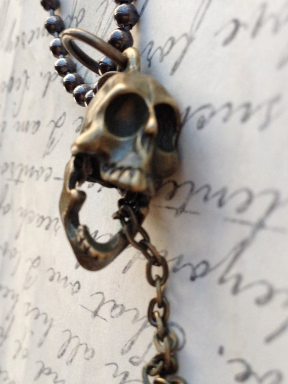 Jewelry Necklace Laughing Skull Necklace Unisex Prison Key Necklace