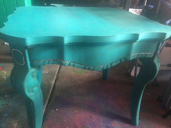 Home and Living, Vintage Furniture, End Table, Living Room, Distressed Furniture, Upcycled Furniture, Repurposed, Upcycled, Reclaimed