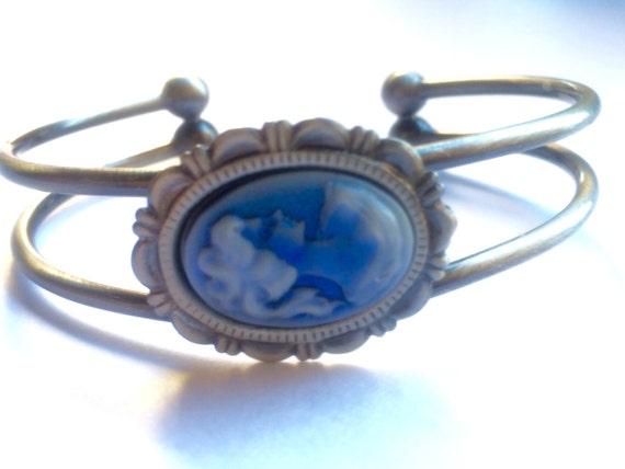 Jewelry, Bracelet for Women, Cameo Bracelet, Cuff Bracelet, Adjustable Bracelet, Cameo Bracelet, Bangle Bracelet