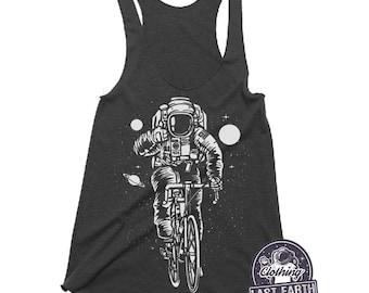 354e465ddba0e Astronaut on a bike