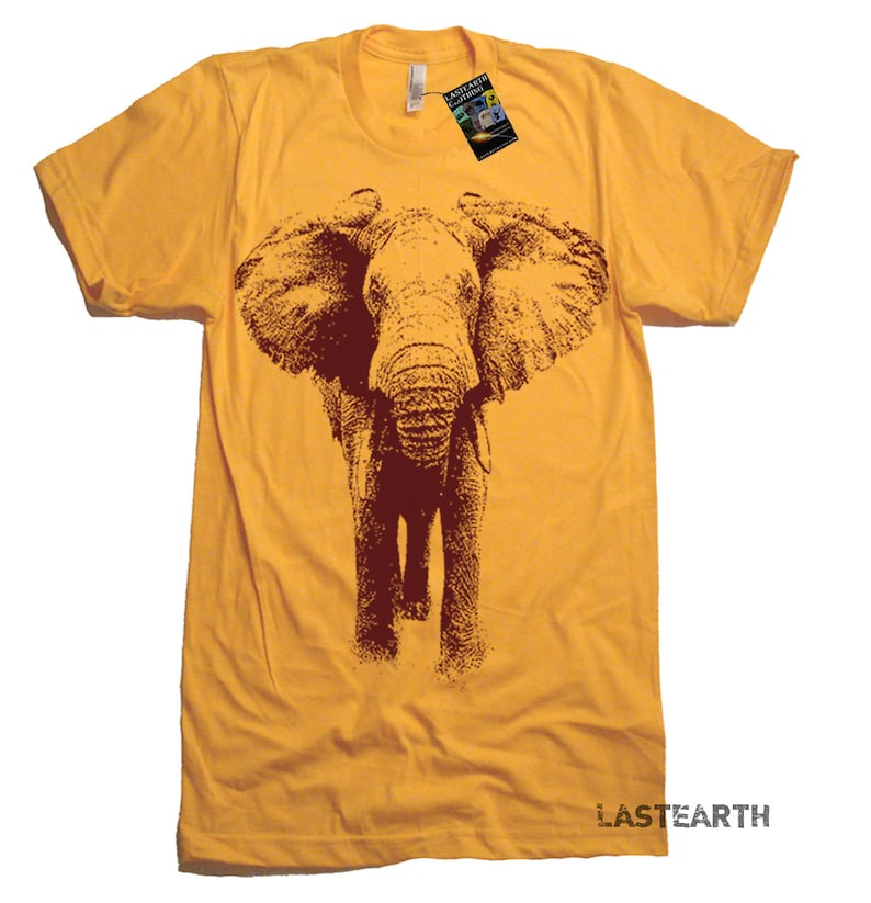 74ef630e581fab Elephant Charging T Shirt Elephants Animal T shirts Mens