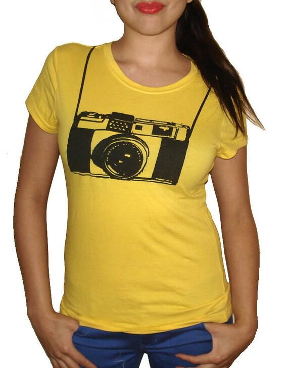 62eba9bce468d Vintage Camera funny T Shirt - Womens Graphic Tees - Mens Tshirt - Kids  Tshirt - Childrens Clothing - Funny Tees - Novelty Gifts Birthday