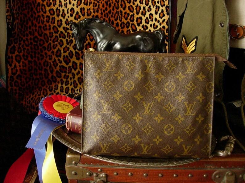 b3e870607b6 Beautiful Rare Vintage LOUIS VUITTON Clutch Purse Bag Unisex Handbag LV  Saks Fifth French Company Cosmetic Makeup Accessory