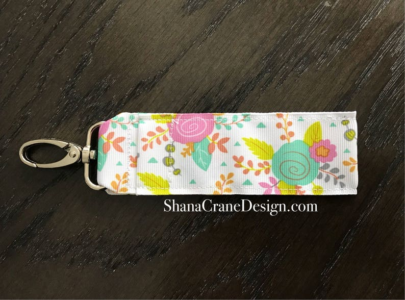 One Clip-On Lip Gloss Holder . Bright Floral image 0