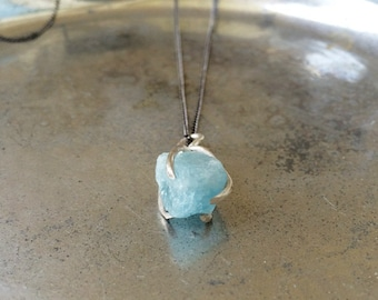 Raw Aquamarine Claw necklace, Sterling silver, Handcrafted