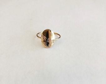 Small Floral Ring, Botanical Ring, Oval signet ring, nature, 14k gold filled, rose gold, sterling