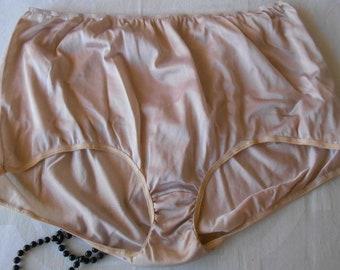 a7710d3c46a3 Vintage Panties Panty Nylon Granny Sears Size 11 Beige Nude