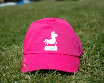 b4bedf15a1416 Uncorn Unicorn Children s 100% Cotton Baseball Cap in Pink with an  adjustable velcro strap