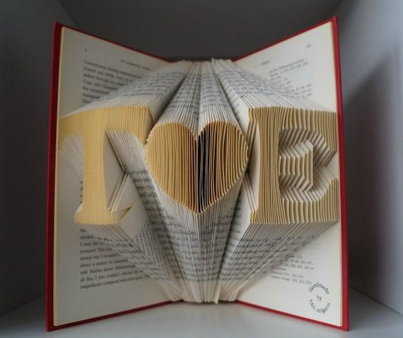 Cadeau De Noel Pour Couple.First Anniversary Gift For Boyfriend Cadeau De Noël Pour Couple Initial Folded Book Art Iniziale Libro Arte Regalo Anniversario