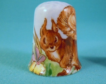 Red Squirrel Free Gift Box Porcelain China Collectable Thimble