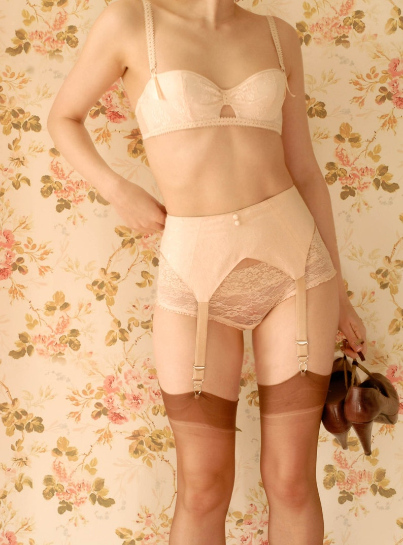 Vintage Lingerie | New Underwear, Bras, Slips Handmade 1930s Peach Suspender Belt Garter Belt. U.K Sizes 6810121416. $67.28 AT vintagedancer.com
