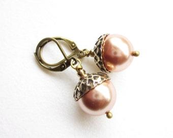 Ohrhänger,earrings,Ohrringe,Pearl Acorn Earrings,woodland accessoire,pearl earrings,pearl drop earrings,rose gold earrings