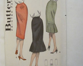 Butterick 8792 Vintage Pencil Skirt with Pleated Hem Sewing Pattern Hip 35, Waist 25.5 1950s
