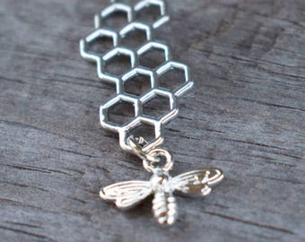 5 Silver Honeycomb Connector Charms with Silver Bee Dangle 46mm