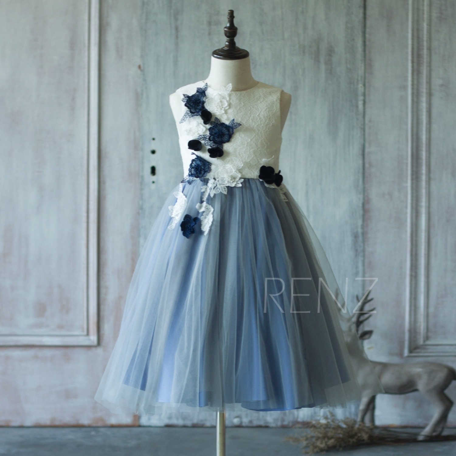 c71e89d13ece7 Flower Girl Dress Steel Blue Tulle Junior Bridesmaid Dress Birthday Lace  Rustic Girl Dress White First Communion Dress (SK178)