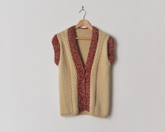 1970s Sleeveless Cardigan • Chunky Cable Knit Card