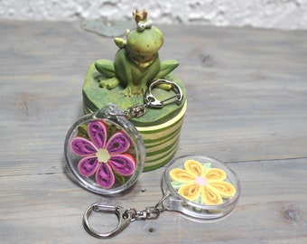 Key chain, acrylic keychain, floral keychain, accessories, ornament, zipper charm, quilled flower