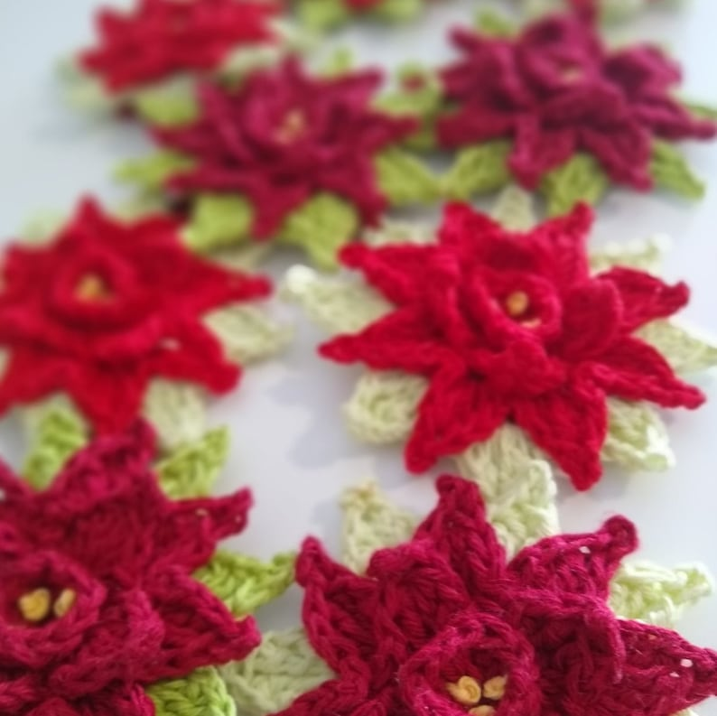 Poinsettia in-the-round  Crochet Pattern Instant Download image 0