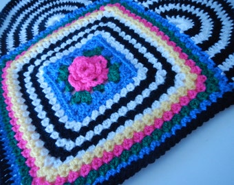 Crocheted Rose Heart Pillow Pattern (with Granny Rose)