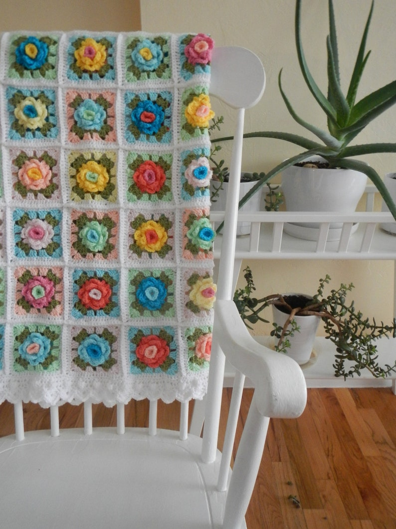 Granny Rose Afghan  Two-Color Rose  Crochet Pattern with image 0
